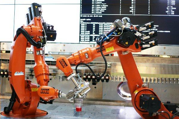 robot-barmen