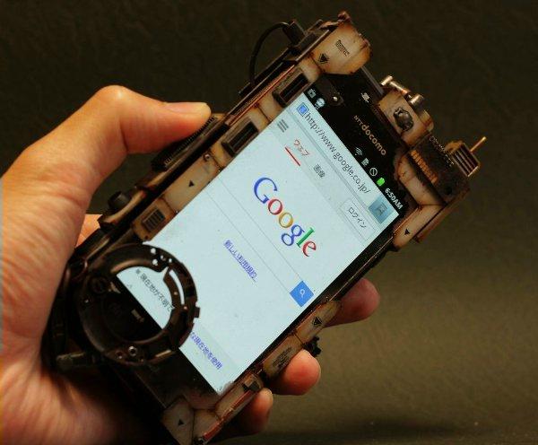 чехол для iPhone от дизайнера Хирото Икеучи
