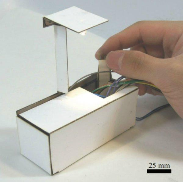 Самособирающаяся 3d-печатная лампа