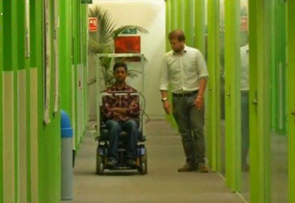 Умная инвалидная коляска